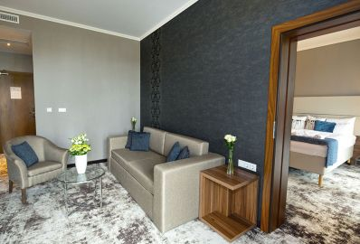 Suite - Outlet Hotel